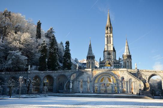 Lourdes en hiver