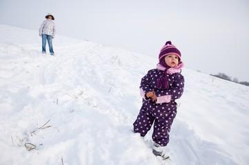 bébé et neige