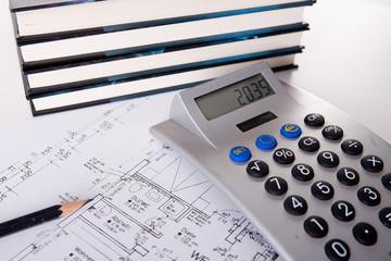 Bauzeichnung mit Taschenrechner