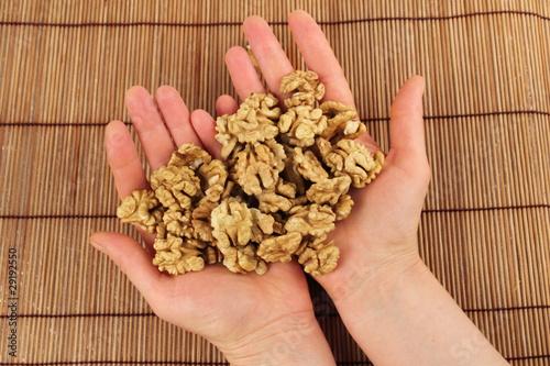 Как просушить грецкие орехи в домашних условиях - Интерьерный свет