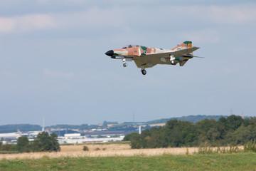 Avion de chasse modèle réduit