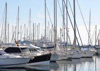 bateaux voilier au port - french riviera, côte d'azur