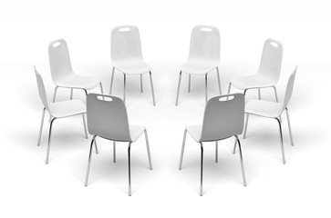 Chaises en cercle sur fond blanc 1