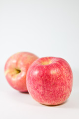 Fototapete - Fresh red apple isolated on white background