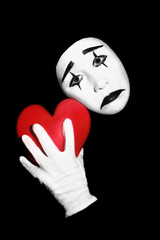 Foto op Canvas Rood, zwart, wit Mime with red heart