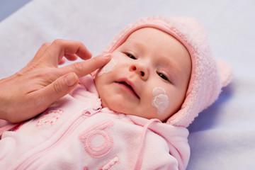Obraz baby beauty - fototapety do salonu