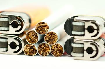 Feuerzeug & Zigarette