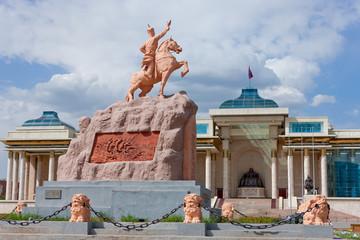 Sukhbaatar Statue