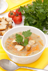 Vegetable soup with croutons