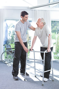 Assistance in retirement house