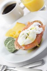 Breakfast with salmon and poached egg