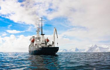Printed kitchen splashbacks Antarctic Big ship in Antarctica