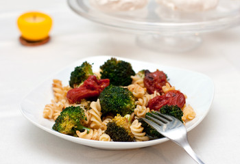 pasta with broccoli and tomatoes