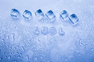 Ice cubes & aqua