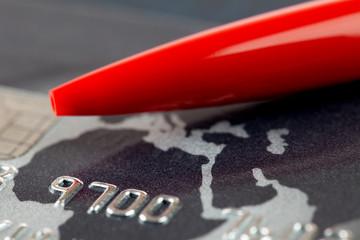 Kreditkarte und Stift