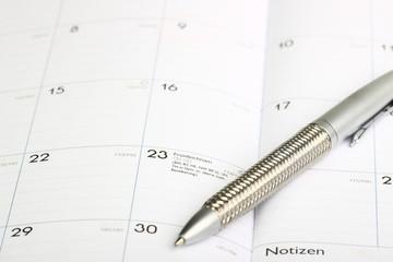 Kalender aufgeschlagen Fronleichnam