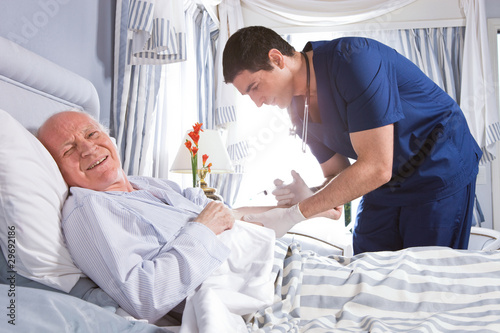 received extraordinary medical care - HD5616×3744