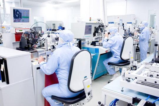 Labor Untersuchung Reinraum Forschung Entwicklung Hospital