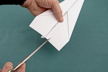 Papierflieger Pfeil 18