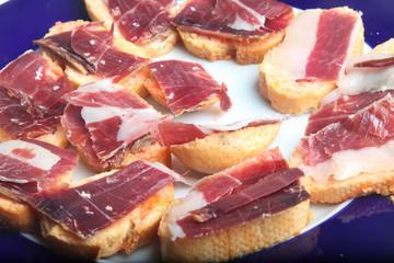 jamon iberico con pan