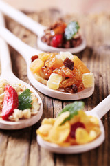 Breakfast cereals and dried fruit