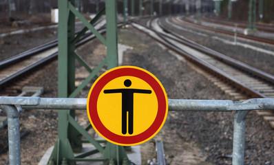 Zutritt verboten  für Fussgänger gesperrt