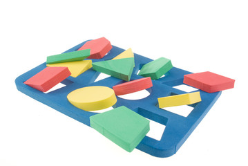 Game with color geometric shapes