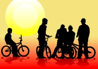 Cyclist couples on sun