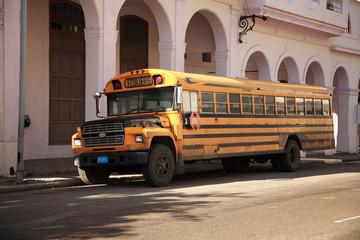Old yellow school bus Havana
