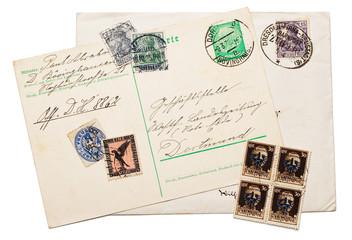 Alte Briefmarken aus dem Deutschen Reich.