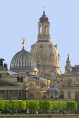 dresden frauenkirche mit brühlscher terrasse