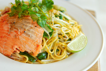 Noodle with salmon