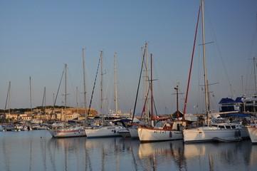 Boats at the landing stage/Лодки на пристани