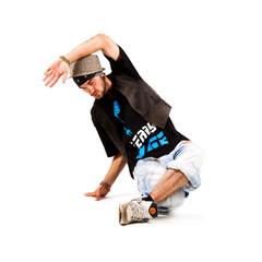 männlicher Tänzer in Breakdance Pose