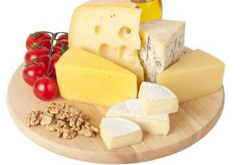 cheese, tomatoes,walnuts