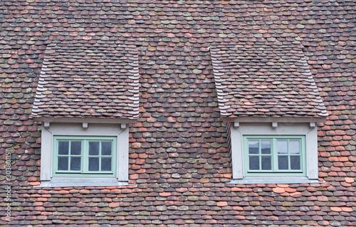 zwei dachgauben auf dem haus dach stockfotos und lizenzfreie bilder auf bild. Black Bedroom Furniture Sets. Home Design Ideas