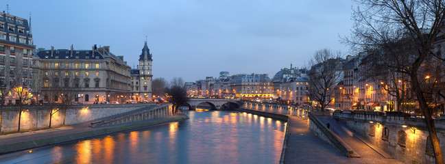 Wall Murals Art Studio Paris - view from Pont Neuf bridge at night