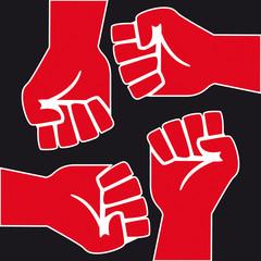 Revolution_4_Mains