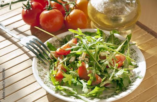 Салат из помидоров черри фото