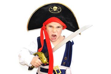 enfant garçon 6 ans déguisement pirate fond blanc - carnaval