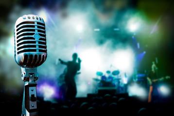 ilustracion de concierto con microfono