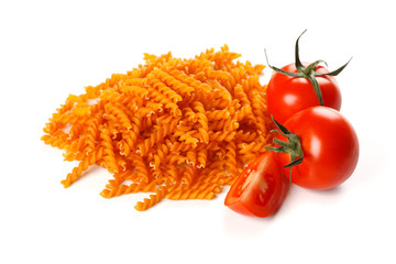 Pasta with natural red colorant