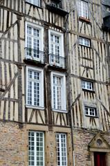 Les maisons de la Place des Lices à Rennes