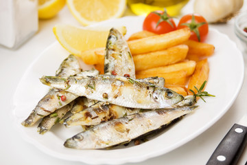 Grilled fish with french fries