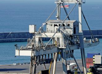 harbor crane sea