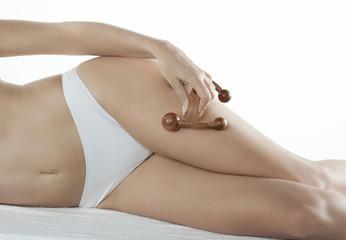 entretien du corps au rouleau de massage