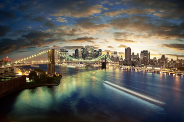Fototapete - Amazing New York cityscape - taken after sunset
