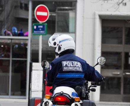 police municipale en action !