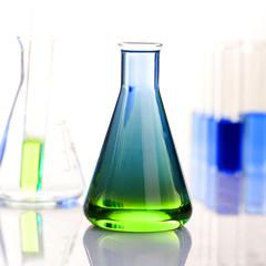 Chemiekalisches Laborequipment