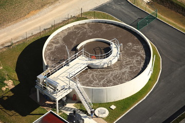 bassin d'une station d'épuration